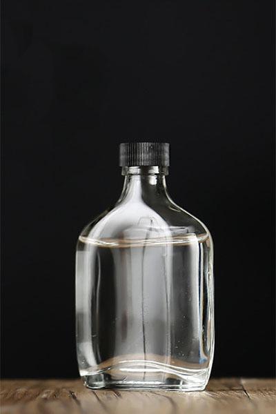 小酒瓶 070