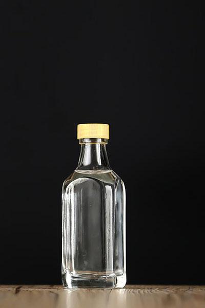 小酒瓶 075